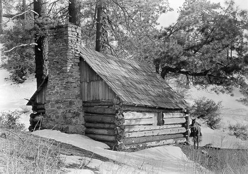 Pine Mountain Lodge, 1913. Image courtesy Donald Ryder Dickey Photographic Collection, UCLA